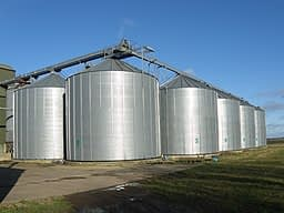 Material flow: How to improve it in silos and hoppers